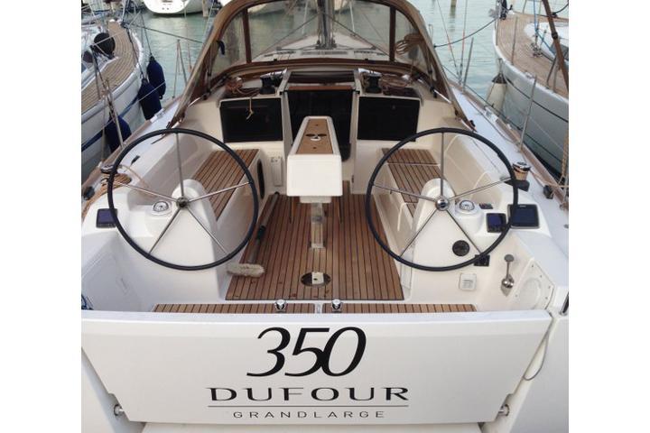 Dufour 350