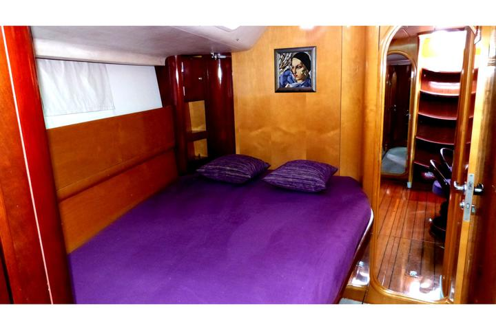 Beneteau 62 - Fore Cabin Sarboard