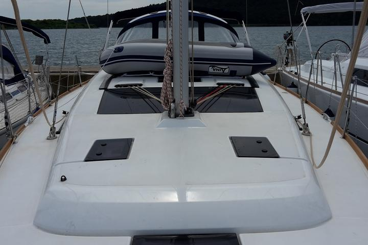 Dufour 410 Grand Large