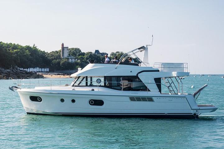 Beneteau S. Trawler 47