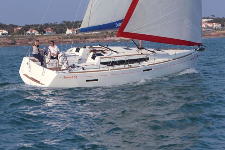 Sunsail 38